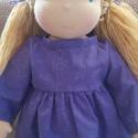 Waldorf lány öltöztetős baba nagy + ruha szett - Krisztinek, A baba kb. 40-45 cm magas, öltöztetős baba. Kri...