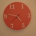 Falióra - narancssárga színű, Otthon, lakberendezés, Dekoráció, Ékszer, Falióra, óra, Egyedi kivitelezésű falióra. A megszokott fő számok helyett kevésbé használatos számok kerültek rá. ..., Meska