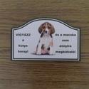 kutyatábla - vicces szöveggel., Dekoráció, Mindenmás, Vicces kutyatábla. Két változatú létezik, téglalap és íves, azon belül két kutya választható.   A há..., Meska