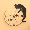 Macskás-akváriumos falióra, Otthon, lakberendezés, Dekoráció, Falióra, óra, Saját tervezésű termék. Saját grafika és kivitelezés, beleértve a kivágást is. Téma: Macska az akvár..., Meska