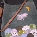 Pegazusos erdős táska, Táska, Válltáska, oldaltáska, Szabad gépi tűzéssel készült a minta maga, mintha a varrógéppel rajzolnék a textilre... nagyon szere..., Meska
