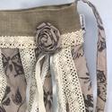 Romantikus rózsás lepkés csipkés lagenlook shabby táska, Táska, Válltáska, oldaltáska, Puha pamutvászon táska csupa csipkével és egyéb romantikus firlefranccal.... textil rózsa, szalag, h..., Meska
