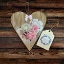 Romantikus fa szív ajtódekoráció , Dekoráció, Dísz, Húsvéti díszek, Ünnepi dekoráció, A kis FA szív dekorom ékes kifinomult dísze lehet OTTHONODNAK vagy értékes eleme egy FOTÓZÁSN..., Meska