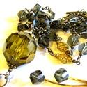 Olívia a titkárságról - szett AKCIÓ!, Ékszer, óra, Ékszerszett,  Hatalmas, olajzöld akril gömb, és rengeteg csiszolt üveg gyöngy.  Extra hosszú lánc (85 cm), és egy..., Meska