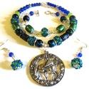 Kékre zöld - szett AKCIÓ!, Ékszer, Ékszerszett, Nyaklánc,  Kék és zöld színvilág, antik medállal. (3 medál közt lehet választani.)  Gyöngyhímzett gömbökkel, ü..., Meska