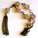 Márvány menyasszony- nyaklánc AKCIÓ, Ékszer, Nyaklánc,  Gyönyörű erezetű márvány kő gyöngyök, egyszerű láncocska a hétköznapokra.  Hossza 62 cm.   A középs..., Meska
