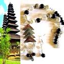 A pagoda titka - szett AKCIÓ! , Ékszer, Nyaklánc, Ékszerszett,  Tradicionális ázsiai szerencsehozó medál, üveg és kristály gyöngyök.  A lánc hossza 50 cm. Pillekön..., Meska