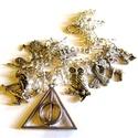 HP emlékei - nyaklánc AKCIÓ!,  Nyaklánc Harry Potter relikviákkal, középen a...