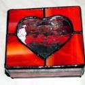 Szivecskés doboz, Otthon, lakberendezés, Tárolóeszköz, Doboz, Téglalap alaprajzú ólomüveg szívecskés doboz. A jelenleg készleten lévő színekről kérlem..., Meska