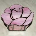 Rózsa doboz, Otthon, lakberendezés, Tárolóeszköz, Doboz, Rózsa alakú doboz, egy üveglapból kivágva. A jelenleg készleten lévő dobozokról kérem érd..., Meska