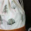 Bag to the nature, kézzel hímzett gymbag, Táska, Hátizsák, Varrás, Hímzés, Kézzel hímzett, fákat mintázó gymbag. Lenvászonból és bársonyból készült. Belseje is lenvászonnal b..., Meska