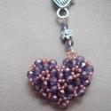 Szívtől szívig kulcstartó, lila-mályva FIFIKE részére lefoglalva, Csiszolt gyöngyökből készült, 3D-s szívecske...