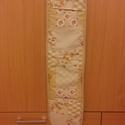 Edényfogó, Konyhafelszerelés, Edényfogó, Varrás, Teflonos edényfogó patchwork mintás anyaggal, vastag vatelinnel bélelve.Mérete: 18x88 cm     , Meska