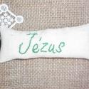 """Hímzett kulcstartó, Konyhafelszerelés, Mindenmás, Otthon, lakberendezés, Kulcstartó, Pamutvászon anyagból készítettem kulcstartót, amire a""""Jézus"""" feliratot  kézzel hímeztem. Mé..., Meska"""