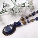 Lapis lazuli  nyakék, Ékszer, óra, Mindenmás, Nyaklánc, Medál, Nyakláncot fűztem lapis lazuli chipsekből, bronz medálon lapis kabosonnal. Bronz színű fém kiegészít..., Meska