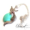 Macska nyaklánc, Mindenmás, Ékszer, óra, Nyaklánc, Medál, Kedves, türkinit kővel díszített macska medállal  készítettem ezt a nyakláncot.   A medál kb. 7 cm m..., Meska