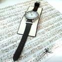 Zongoraóra bőr karkötőóra, Fehér,és fekete  bőrt választottam ennek az eg...