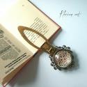 Kelta titok könyvjelzô , Naptár, képeslap, album, Ékszer, Dekoráció, Könyvjelző, Bronz színű, könyvjelző alapra üveglencse alá rejtettem kelta szimbólum képet, így készítettem ezt a..., Meska