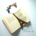 Párizs könyvjelzô jade, lapis-lazuli ásványgyöngy, tenyésztett igazgyöngy, Bronz színű, Eiffel tornyot ábrázoló könyvje...