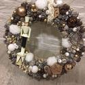 Diótörös karácsonyi kopogtató, A kopogtató 25 cm alapra készült, termésekkel ...