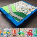 Filc csendes könyv fiúknak, babáknak - A közlekedés formái , Baba-mama-gyerek, Játék, Baba játék, Készségfejlesztő játék, Patchwork, foltvarrás, Varrás, Filcből és pamutvászonból készítettem ezt a babakönyvet. 6 darab színes képen ábrázoltam autót, rep..., Meska