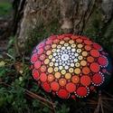 Mandala láva kő swarovski kövekkel, Dekoráció, Otthon, lakberendezés, Asztaldísz, Kerti dísz, Festészet, Festett tárgyak, Dot mandala technikával festett, lakkozott valamint swarovski kövekkel díszített etna lávakő. Méret..., Meska