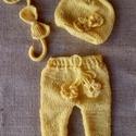 Sárga szett (3 részes), Sárga kisnadrág virág díszítéssel- fejpántt...