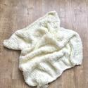 Babatakaró, Baba-mama-gyerek, Baba-mama kellék, Krémszínű újszülött pihe-puha babatakaró fotózáshoz! Méret: 60x70 cm, Meska