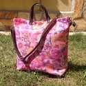 Virágos bőr táska bőr pánttal  /kézitáska /válltáska , Táska, Válltáska, oldaltáska, Valódi tartós minőségi marha bőr táska színes virágokkal.  A táska könnyű, jól megpakolh..., Meska