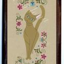 Falikép-Hódmezővásárhelyi hímzéssel macska, Dekoráció, Otthon, lakberendezés, Képzőművészet, Magyar motívumokkal, Festészet, Mindenmás, Saját, teljesen egyedi grafikájú festményem után készült nyomat, falapra kasírozva. A kép a Cicák n..., Meska