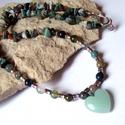Indiai achát ásvány nyaklánc  szív medállal, A nyakláncot indiai achát ásványból és 6mm-e...