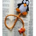 Pingvin könyvjelző - minden korosztálynak, Otthon, lakberendezés, Mindenmás, Naptár, képeslap, album, Könyvjelző, Filcből készítettem a pingvint aprólékos munkával és tömőanyaggal béleltem, mozgószemét ragasztottam..., Meska
