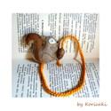 Mókus könyvjelző, Naptár, képeslap, album, Könyvjelző, Gyapjúfilcből készítettem  és kis barkácsfilcből (sötétebb csíkja) ezt a kedves  mókust aprólékos mu..., Meska