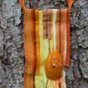Textil nyaklánc-medál - sárga, Ékszer, Medál, Nyaklánc, Sárga színű textil nyaklánc különböző anyagkombinációkkal. Medál mérete kb. 6x12cm. Két..., Meska