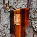 Textil nyaklánc-medál - barna-narancs         , Ékszer, Medál, Nyaklánc, Barna színű textil nyaklánc különböző anyagkombinációkkal. Medál mérete kb. 4,5x8cm. Barn..., Meska