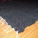 Új fekete szőnyeg. Rongyszőnyeg, Otthon, lakberendezés, Lakástextil, Szőnyeg, Szövés, Eladó új  hagyományos rongyszőnyeg. Fekete színű. Könnyű szintetikus anyag, mosógépben mosható, néh..., Meska