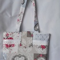 Női táska, Táska, Varrás, Ez a gyönyörű mintás táska a neszeszerrel együtt és külön is megvásárolható.Az elejét fehér szalagg..., Meska