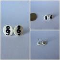 Fehér violinkulcsos fülbevaló (mini), Ékszer, óra, Mindenmás, Fülbevaló, Hangszer, zene, Fekete-fehér, 10 mm átmérőjű fülbevaló, ezüst színű alapon, szilikonos fülbevalóvéggel...., Meska