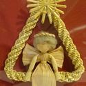 Angyalka háromszögben, Dekoráció, Ünnepi dekoráció, Karácsonyi, adventi apróságok, Karácsonyfadísz, Fonás (csuhé, gyékény, stb.), Szalmafonatból és csuhéból készített saját tervezésű karácsonyfadísz. Mérete kb: 7 cm. Díszcsomagol..., Meska