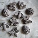 Beton állatfigurák, Dekoráció, Otthon, lakberendezés, Dísz, Kerti dísz, Betonból készült 10 db állatfigura, katica, méhecske, lepke, szitakötő. Virágládákba dekor..., Meska