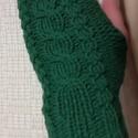 Kézzel kötött kéz melegítő, Baba-mama-gyerek, Ruha, divat, cipő, Zöld színű készmelegítő, gyapjúból. Az ár egy pár kézmelegítőre vonatkozik., Meska