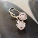 Rózsakvarc ezüst fülbevaló, Ékszer, Fülbevaló, Fülbevaló rózsakvarc gyöngyből, Sterling ezüst dróttal tekergetve. Sterling ezüst akasztóval.  Méret..., Meska