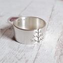 Életfa ezüst gyűrű (10mm széles, szatén) , Gyűrű fa mintával, Sterling ezüstből. Fűrés...