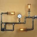 Ezüst színű fali steampunk hangulatlámpa könyvespolccal vízvezeték csövekből, Otthon, lakberendezés, Lámpa, Hangulatlámpa, Fali-, mennyezeti lámpa, Fémmegmunkálás, Feltűnő látványeleme lehet otthonod bármely helyiségének vagy feldobhatja a napod az irodában.  A k..., Meska
