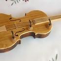 Hegedű - fali kulcstartó, Dekoráció, Otthon, lakberendezés, Képzőművészet, Tárolóeszköz, Famegmunkálás, Mindenmás, Hegedű formájú kulcstartó. Méretarányos, falra szerelhető, fenyőfából készült négy-akasztós egyedi ..., Meska