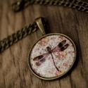 Vintage szitakötős nyaklánc, Ékszer, Nyaklánc, Antik bronz színű medálalapba helyeztem ezt a vintage képet. A kép és a medálalap belső mér..., Meska