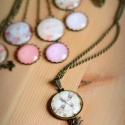 Vintage szitakötős nyaklánc, Ékszer, Nyaklánc, Antik bronz színű medálalapba helyeztem a vintage szitakötős képet. A kép és a medálalap be..., Meska