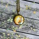 Őszi erdő- róka üveglencsés nyaklánc, Ékszer, Nyaklánc, Antik bronz színű medálalapba helyeztem ezt a szép őszi hangulatú és színű rókás képet. ..., Meska