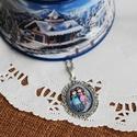 Gorjuss kislányos üveglencsés nyaklánc ovális, Ékszer, Nyaklánc, Antik ezüst színű medálalapba helyeztem a két kislányt ábrázoló Gorjussos képet.   A kép ..., Meska