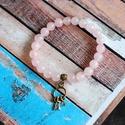 Ásványgyöngy karkötő- Rózsakvarc, Ékszer, Karkötő, Rózsakvarc ásványból készült karkötő. A gyöngyök átmérője 8mm. Gumidamilra fűztem, kö..., Meska